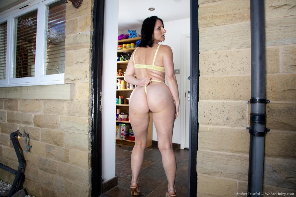 amber-hairy-girl-pic-thai-sluts-gifs