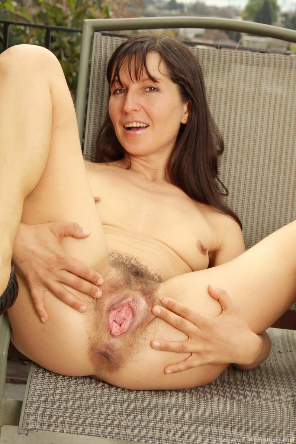 Farida gets naked in kitchen and masturbates 8