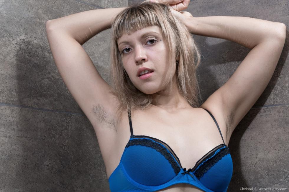 Yulenka moore and adelis shaman have hot girl sex 8