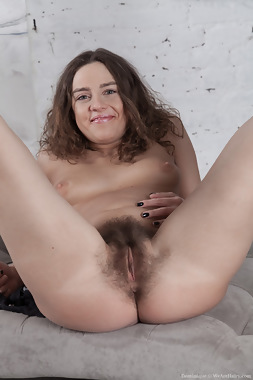 WeAreHairy Free Dominique Thumbnail #1