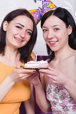 Eva Lisana and Tamanta enjoy sexy cake