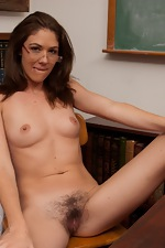 WeAreHairy Free Katie Angel