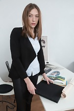 Lillian Vi strips and masturbates at her desk
