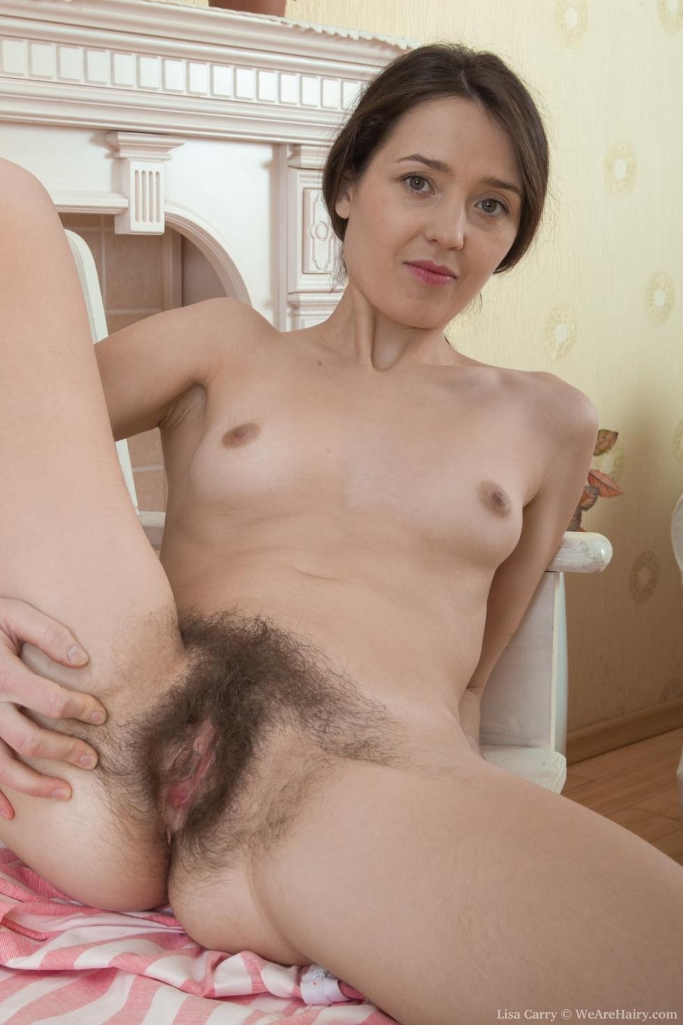 Liza Hairy Pussy 56