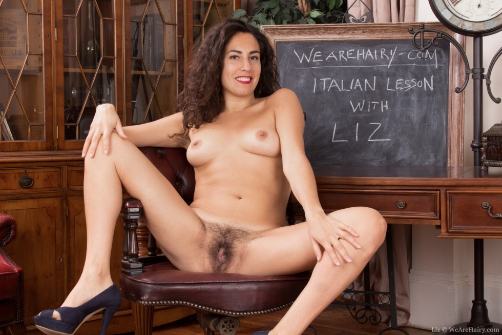 Black girl pussy home photo