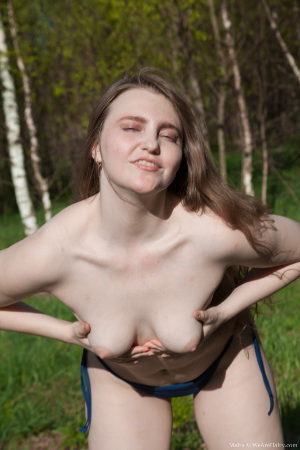 Wara strips naked to show her hairy body off today - 2 part 4
