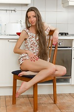 Ryisya gets naked and gorgeous in the kitchen