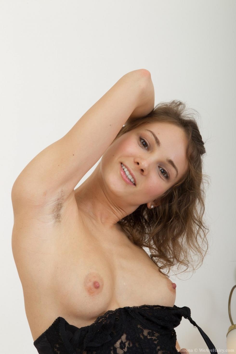 imgsrc boys and girls nudity