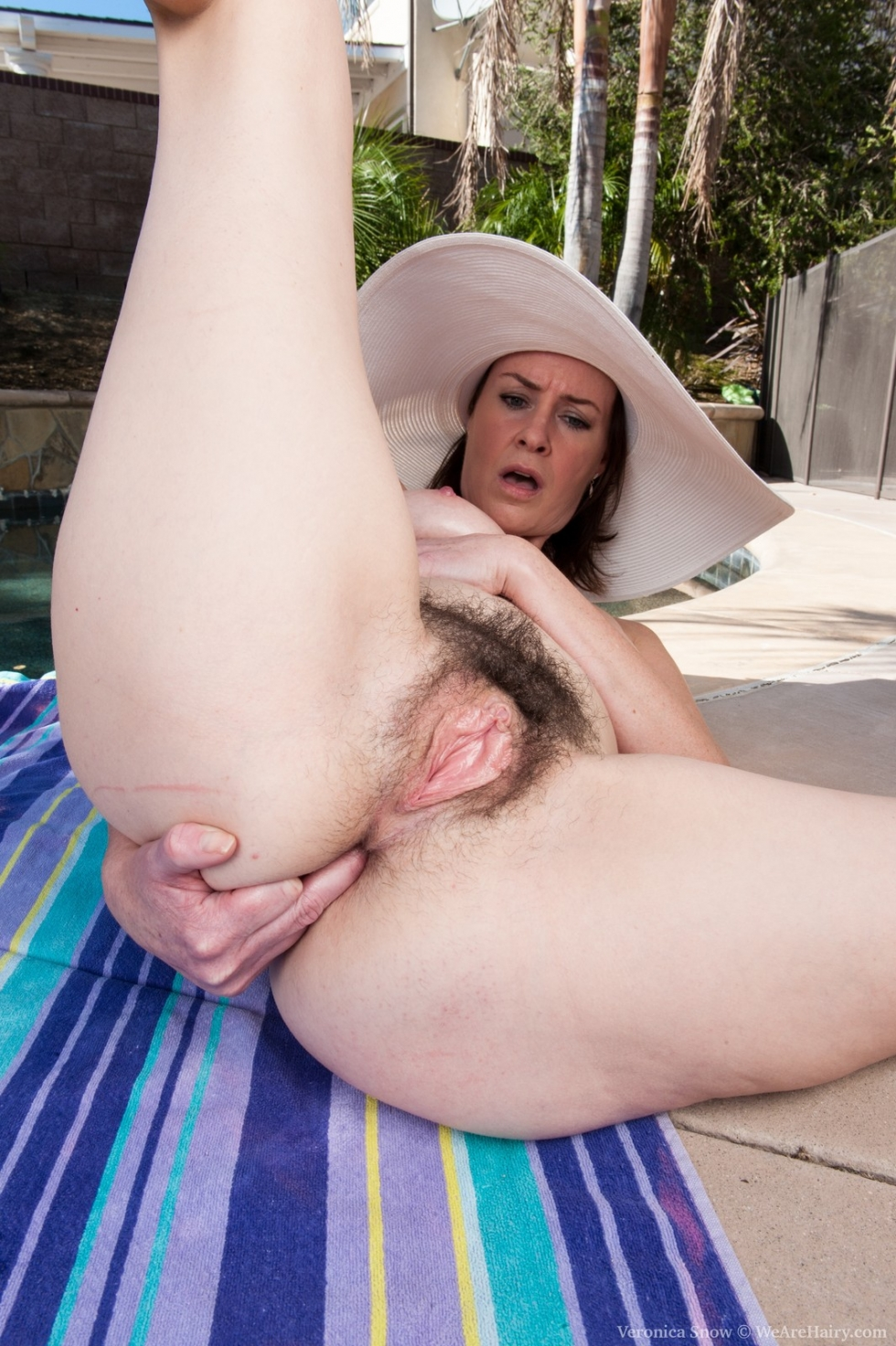 Simply Mature hairy pussy by the pool