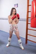 Melani Bree masturbates by her boxing bag