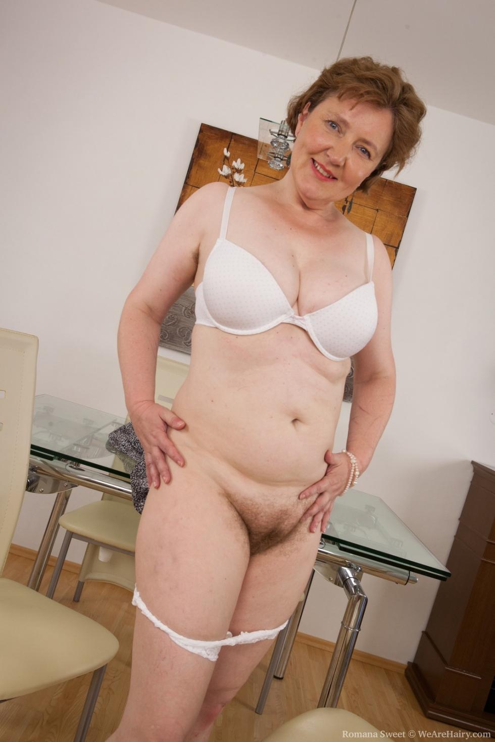 Wearehairy Romana Sweet Mature Hairy Woman Romana Sweet -4519